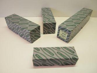 replica railfiguren doosjes groot € 4,- middel € 3 en klein € 2,- (nr: TrixRep8)